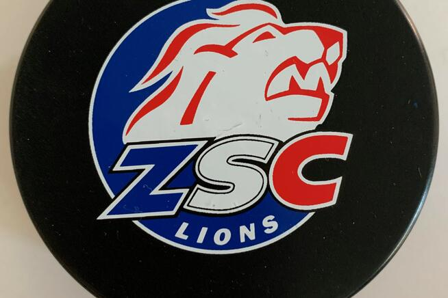 Puck ZSC Lions
